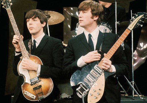 the-beatles-Rickanbacker-guitar